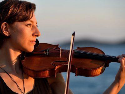 Yvette Holzwarth